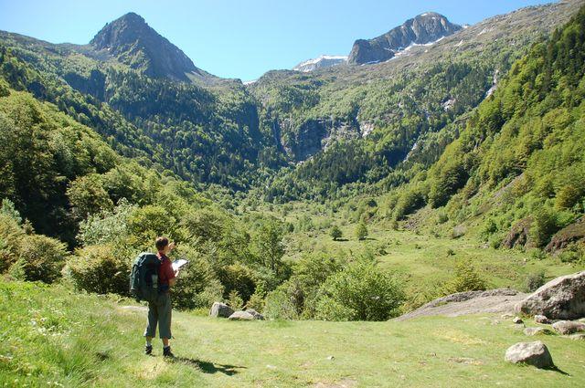 vacances paques famille pyrenees montagne