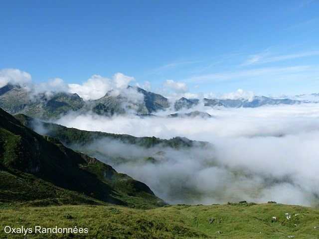 trekking-pyrenees-retrouvance-vicdessos-brume